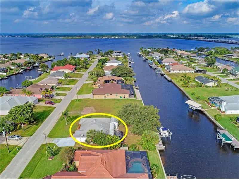 Port Charlotte canal homes